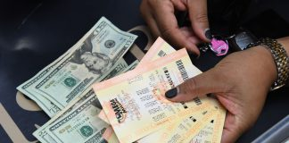 What you pay in taxes if you hit $227 million Mega Millions jackpot
